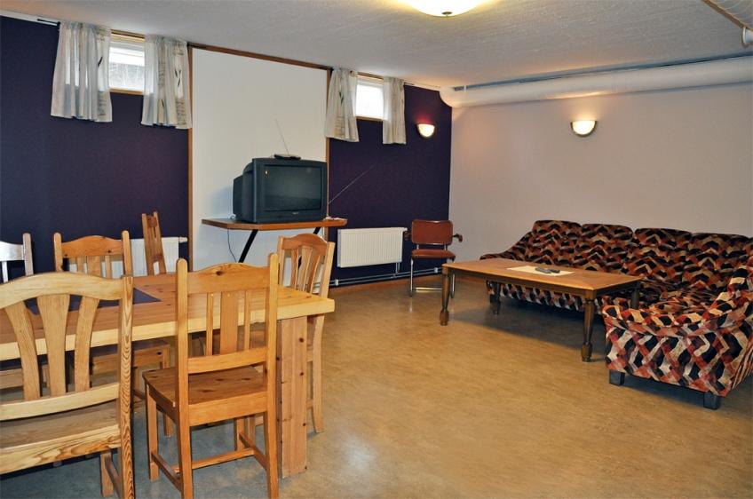 Vardagsrum, Tv rum , Samlingsrum Vandrarhem Rum och Uthyrning Örnsköldsvik Svedjeholmen